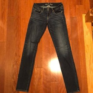 American Eagle skinny blue jeans size 4